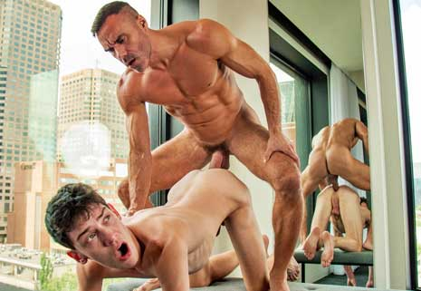Manuel Skye is back from his world travels, ready to show how he's evolved to share his sexual energy and get pleasure by giving pleasure to Edward Terrant.