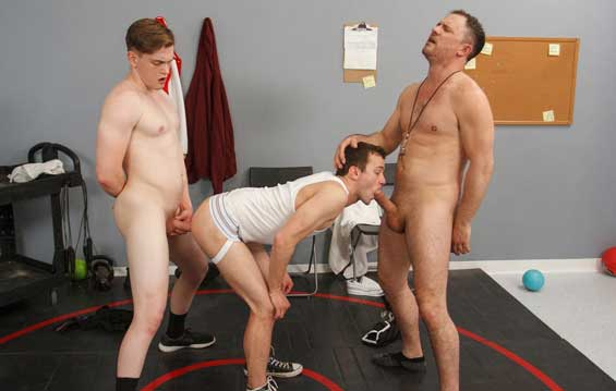 When Jay Tee and Logan Cross are the only students withheld from a field trip, their coach, Jesse Zeppelin, proposes a game of dodgeball. Unfortunately, Logan is less than stellar in physical...